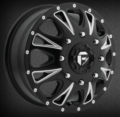 D513 - Throttle Dually Tires